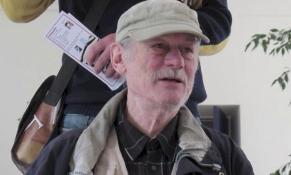 Michel Giroud, réalisation du projet PTT (poésie totalement totale), le chanteur archaïque du chant-cri