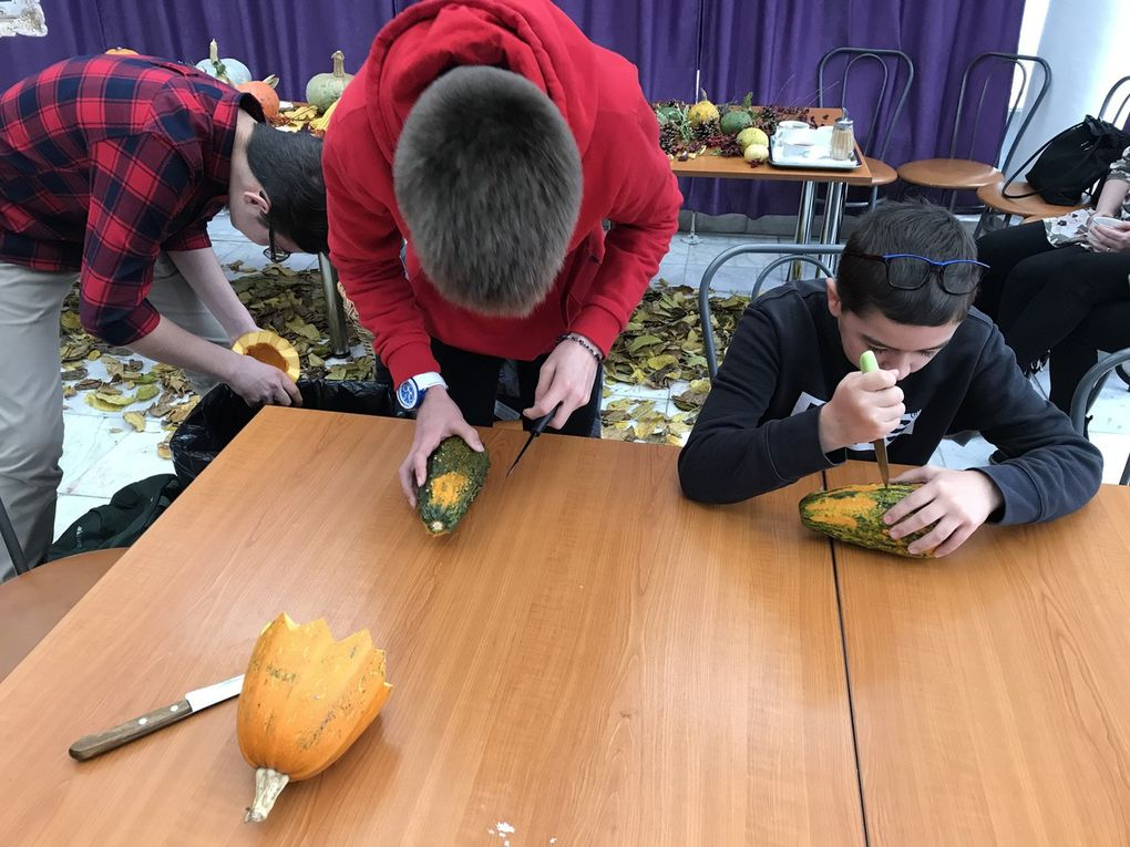 SMRO19 CREATION- Curve pumpkins