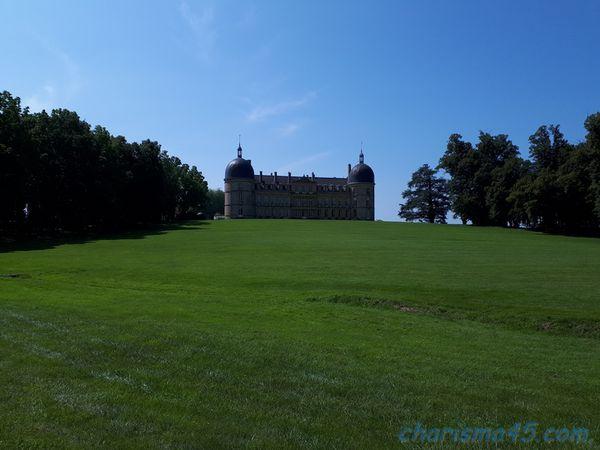 Château de Digoine, ( Voyages en camping-car)