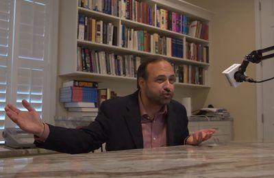 """""""Ne vous inquiétez pas : les experts sont aux manettes"""". Bill Buckley a dit un jour : """"Je préfère être gouverné par les 2000 premiers noms de l'annuaire téléphonique que par la faculté de l'Université de Harvard."""" (Vidéo)"""