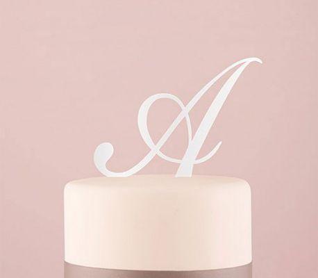 des cake topper de fiancailles ou de mariage originaux en 2020