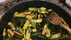 Zucchine fritte in padella: contorno appetitoso