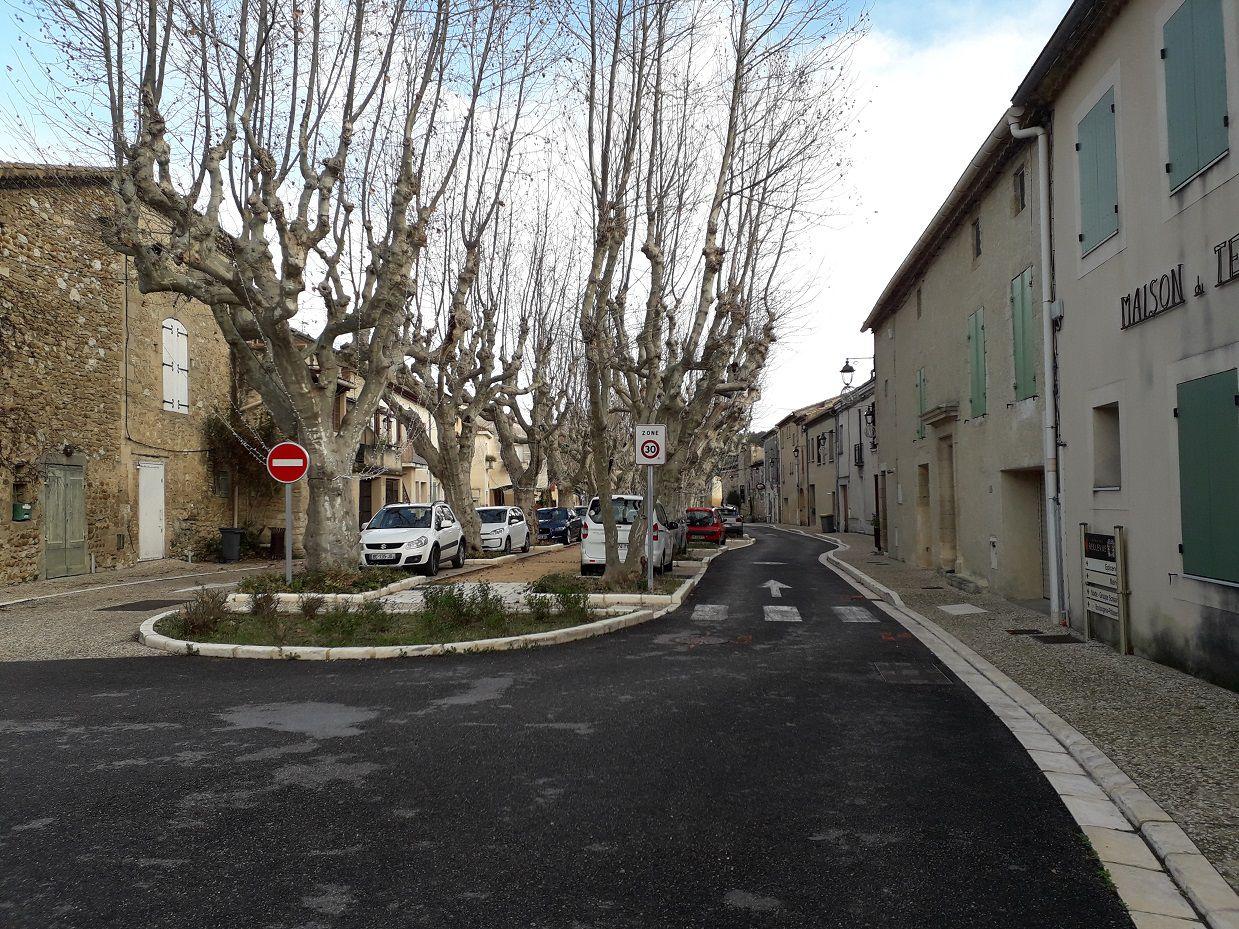 Randonnée entre Estézargues et Domazan (30).