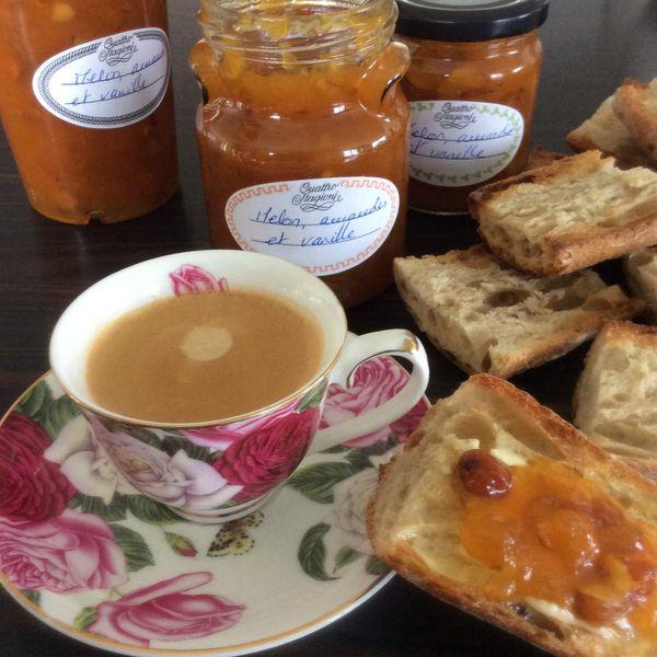 confiture de melon à la vanille et aux amandes
