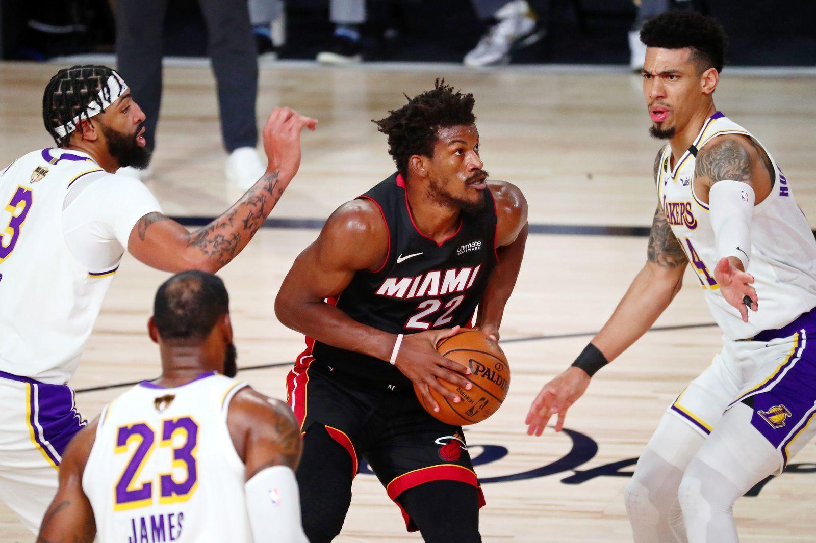 Auteur d'un triple-double, Jimmy Butler a été le grand artisan de la victoire de Miami dimanche. (K. Klement/USA Today Sports/Reuters)