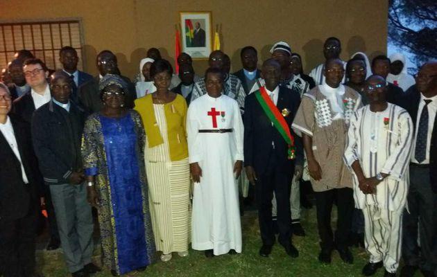Vatican : Le Grand Chancelier des Ordres burkinabè décore deux religieux prêtres