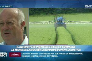Pour avoir interdit aux agriculteurs de répandre des pesticides, ce maire passe aujourd'hui en procès