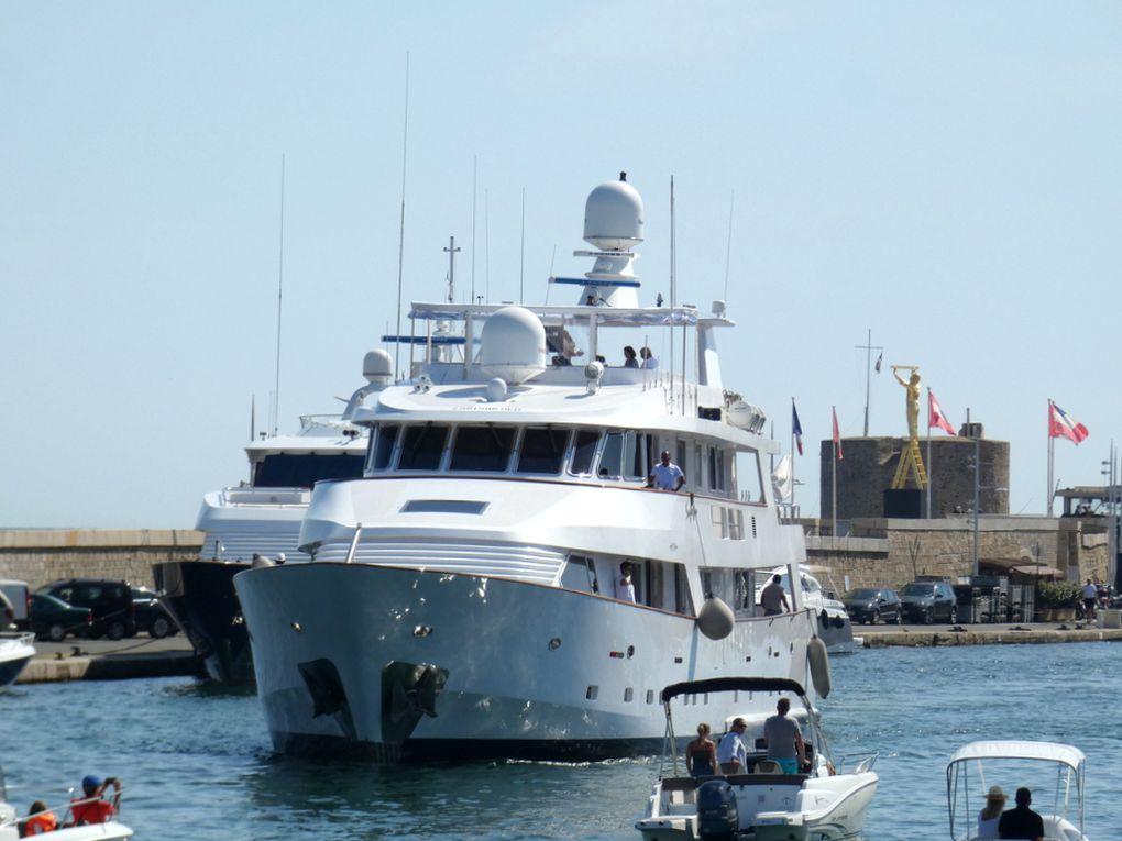SUPERFUN , appareillant de Saint Tropez le 22 juillet 2020