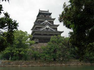 Le château d'Hiroshima reconstruit en 1958
