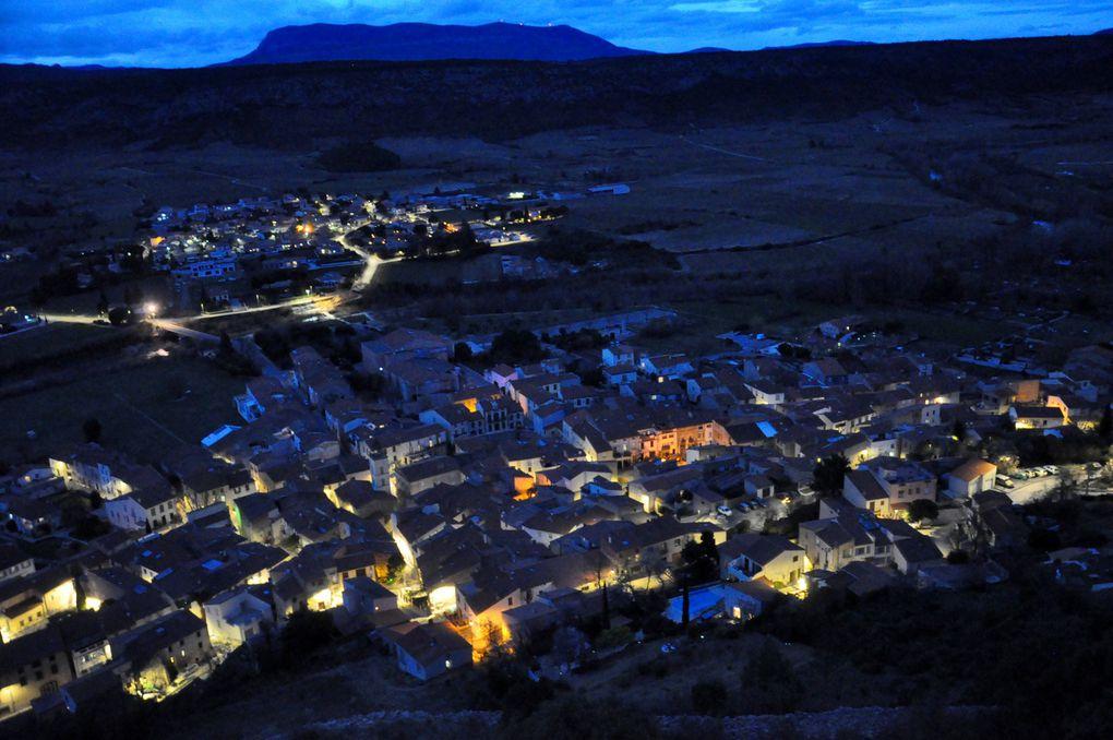 Et la vue sur Tautavel éclairé (3 photos)