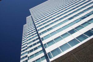Puis-je ouvrir un cabinet au 20ème étage d'un immeuble ?