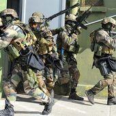Les forces spéciales françaises interviennent contre les assaillants de l'hôtel Splendid à Ouagadougou