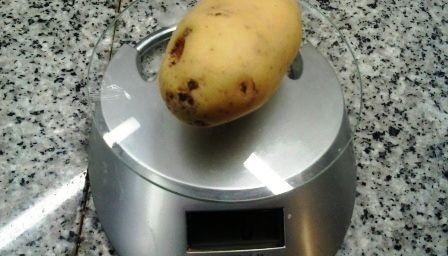 Come lessare le patate con il forno a microonde