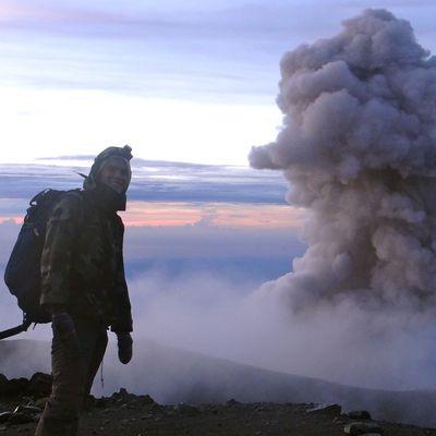 WE 10: ascension du volcan SEMERU