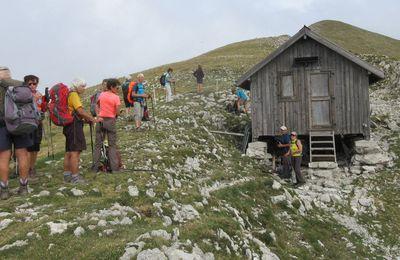 Article Le Progrès / Les randonneurs en séjour dans la Drôme à Lus-La-Croix-Haute