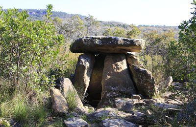 Dolmen de la bruyère d'Usclas du Bosc
