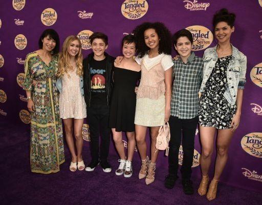Disney Channel va diffuser sa première intrigue homosexuelle !