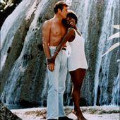 Gloria Hendry, la première James Bond girl noire - artetcinemas.over-blog.com