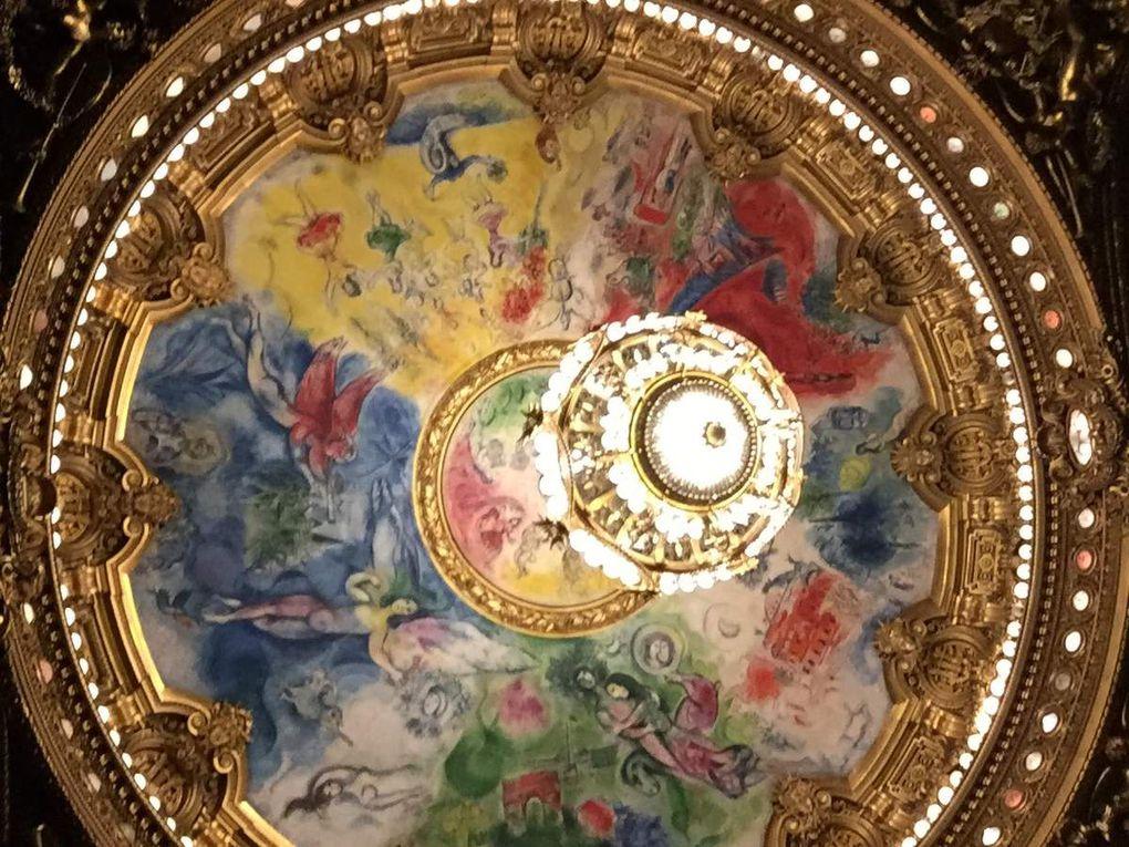 L'Opéra Garnier et ses merveilleux pneux de tracteur