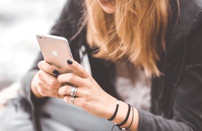 Comment régler le problème de retard tactile sur l'écran iPhone SE 2020