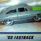 VOLKSWAGEN FASTBACK 1969 HOT WHEELS 1/43 - car-collector.net