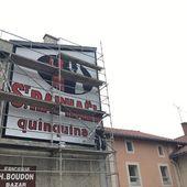 Une très vieille publicité murale retrouve ses couleurs à Retournac