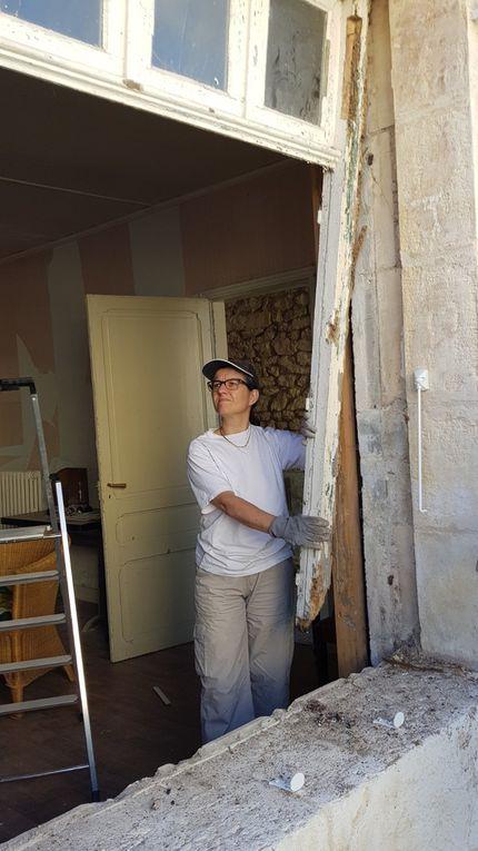 Maison : dépose fenêtres salons RDC et changement des linteaux