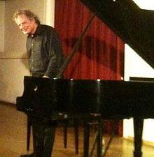 joachim kühn, un pianiste allemand de jazz avec une virtuosité au service de l'expressivité