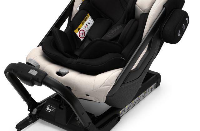 Les sièges auto utilisables avec harnais prolongés au delà de 18 kg
