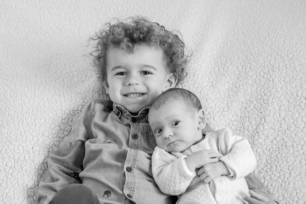 Séance photo nouveau-né / famille, photographe Saint-Jean-d' Illac