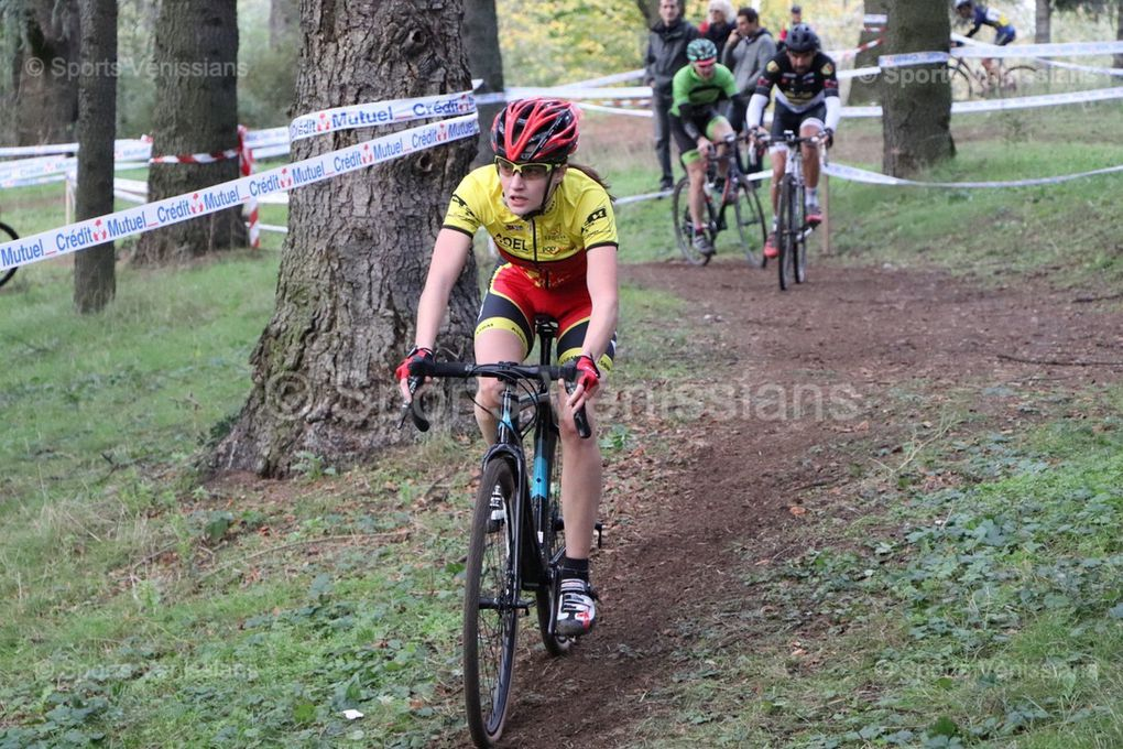 Le cyclo-cross de l'ACMV a réuni 145 participants