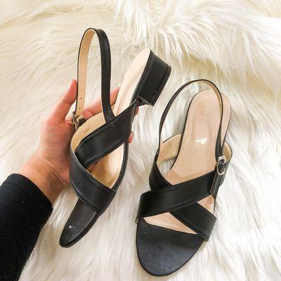 0856-4668-4102 CANTIK & UNIK !!! Distributor Sepatu Sandal Wanita