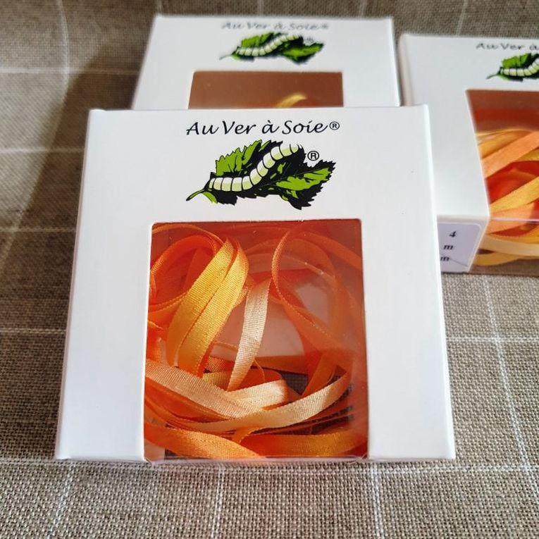 Nueva colección de cintas de seda