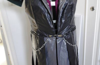 Les sacs poubelles ou détournement pour manteau cosplay (suite de l'article)