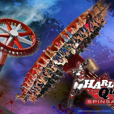Harley Quinn Spinsanity, la nouvelle attraction de Six Flags America