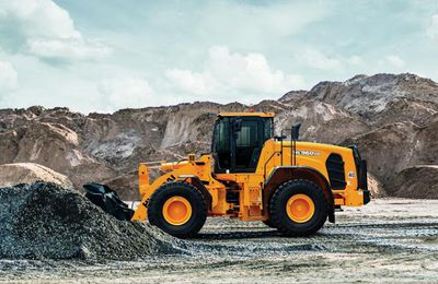Everything You Need To Know About Heavy Equipment Industry inUAE