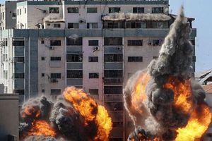 Après la destruction d'un immeuble abritant des médias internationaux à Gaza, indignation et colère contre Israël!