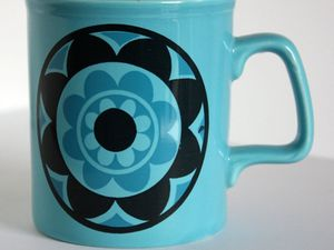 Jolis mugs made in England