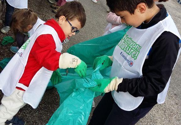 """Notre participation à l'opération """"Nettoyons la nature"""""""