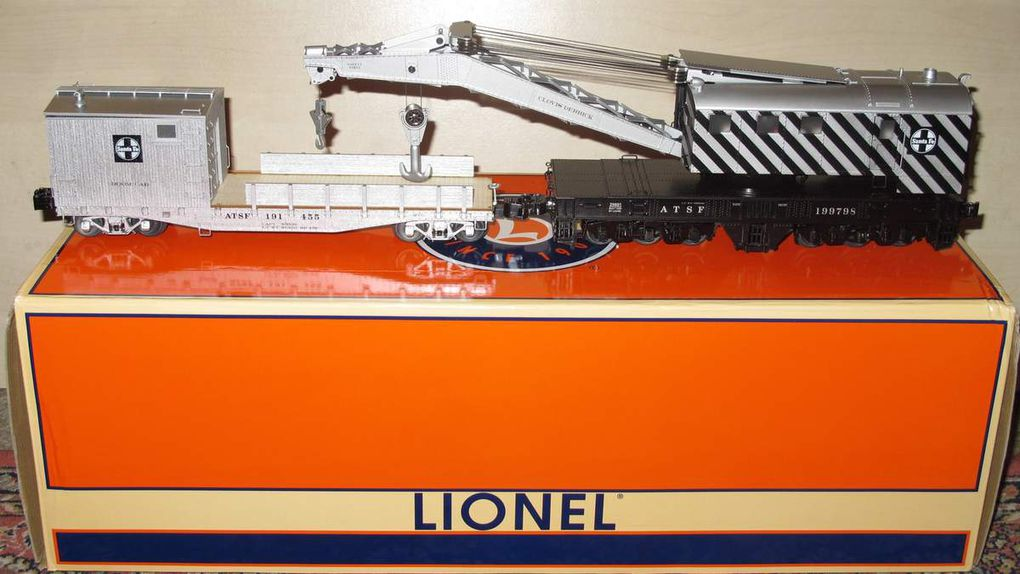 Spotlight Lionel ATSF Crane Car and Boom Car Set TMCC échelle O