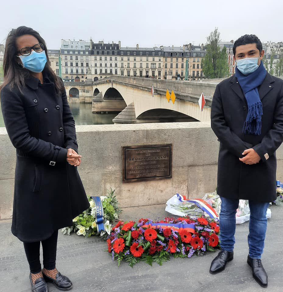 «Hommage à Brahim au Pont du Carrousel à Paris, par Mme Anne HIDALGO» par Amadou Bal BA - http://baamadou.over-blog.fr/ #AnneHidalgo