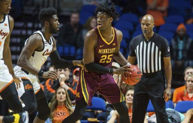 NCAA : Daniel Oturu guide Minnesota avec 22 points (10/12), 8 rebonds et 3 contres