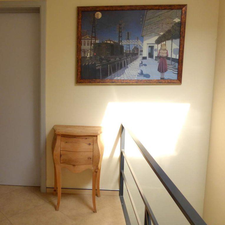 Salles d'attente, chambres et chambres d'hotel, salon, cuisine, bureau, et... bloc opératoire en finition...