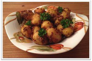 Pommes de terre nouvelles aux graines de moutarde