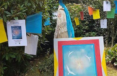 """""""Le Jardin de la Paix""""  installation de Lidia Chiarelli, peinture de Gianpiero Actis"""