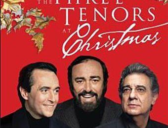 Chanter Noël avec les «trois ténors», à Vienne, en 1999 à Vienne.