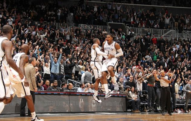 "Joe Johnson ""tue"" le Milwaukee sur un buzzer beater"