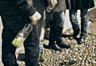 """Svizzera: """" Non serve tassare le cure post sbronza"""""""