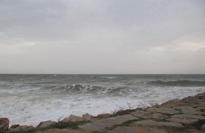 Du vent et des vagues à Quarteira