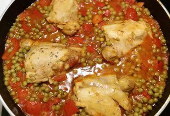 Petits pois et poulet à la Provençale